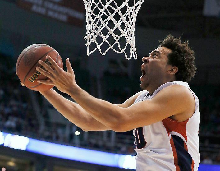 Davon träumt wohl jeder deutsche Jugendliche, der gern Basketball spielt. Mit Elias Harris und ...
