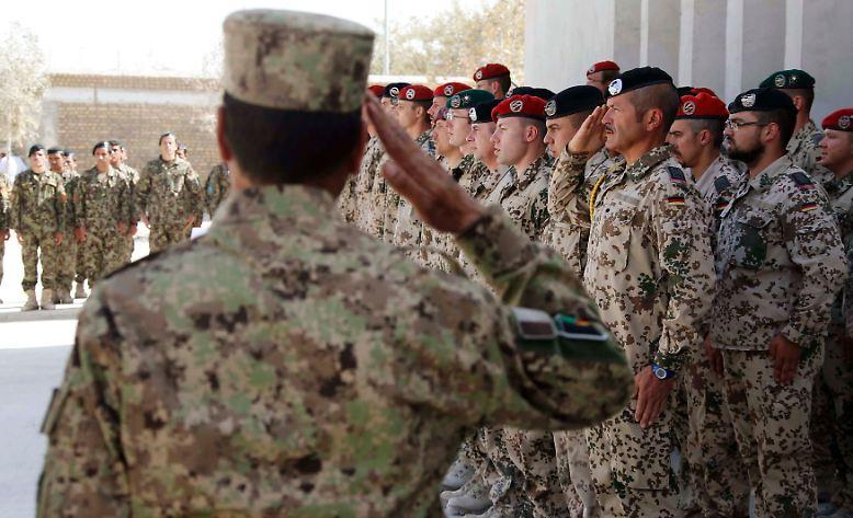 Nach zehn Jahren beendet die Bundeswehr ihren Einsatz in der afghanischen Unruheprovinz Kundus.
