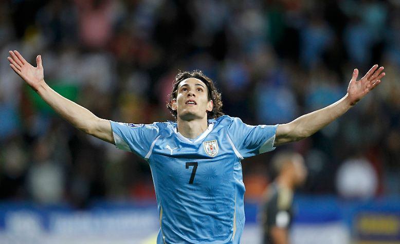 Alle vier Jahre lacht das Herz der Fußballfans besonders. Eine Weltmeisterschaft bringt die großen Superstars zusammen, ...