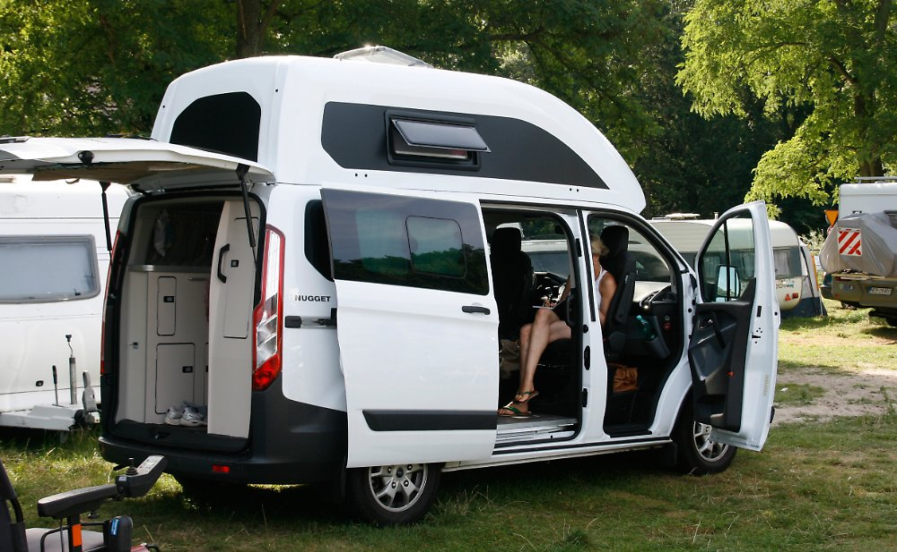 goldst ck f r camping anf nger verreisen mit dem ford nugget n. Black Bedroom Furniture Sets. Home Design Ideas