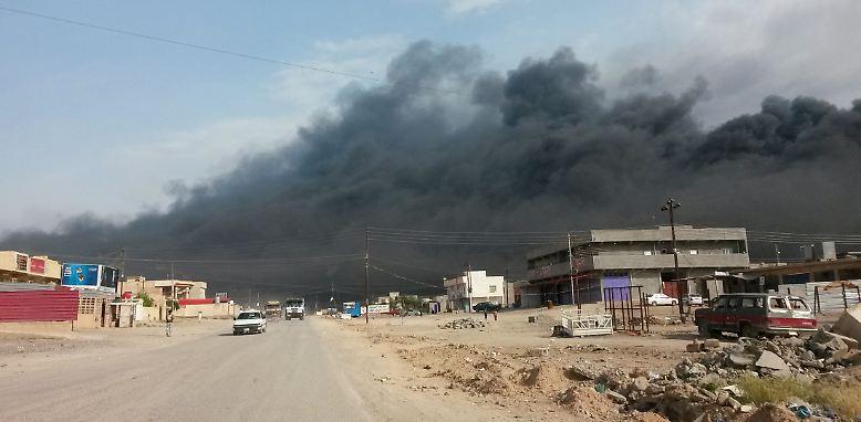 Im Juni 2014 stand Tikrit in Flammen. Die 100.000-Einwohner-Stadt im Norden des Iraks geriet unter das Feuer des Islamischen Staates (IS).