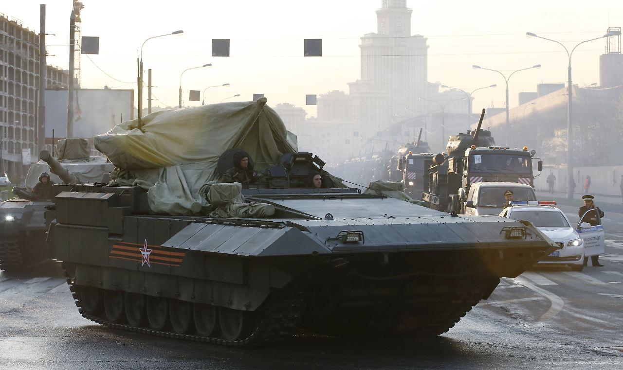 Siegesfeier: Moskau lässt Truppen-Parade proben - n-tv.de