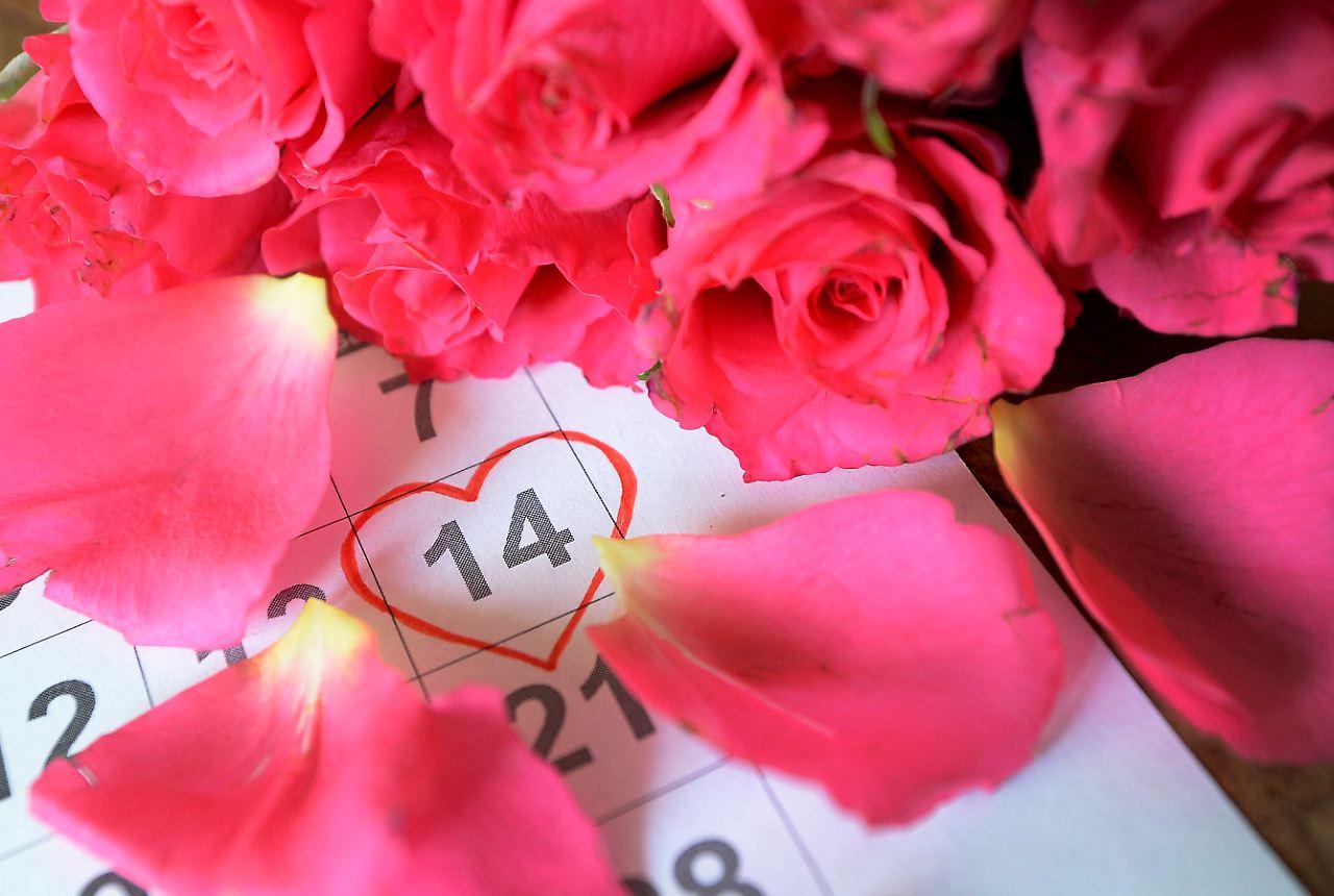 ... Woher Kommt Der Valentinstag? Wissen. (Foto: Picture Alliance / Dpa)