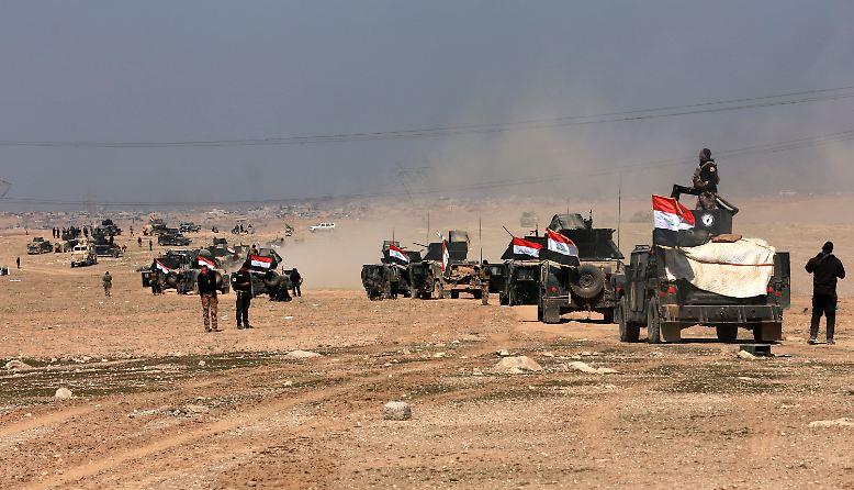 In der Schlacht um Mossul, der letzten Hochburg der Dschihadistenmiliz Islamischer Staat (IS) im Irak, erringt die irakische Armee - mit ...