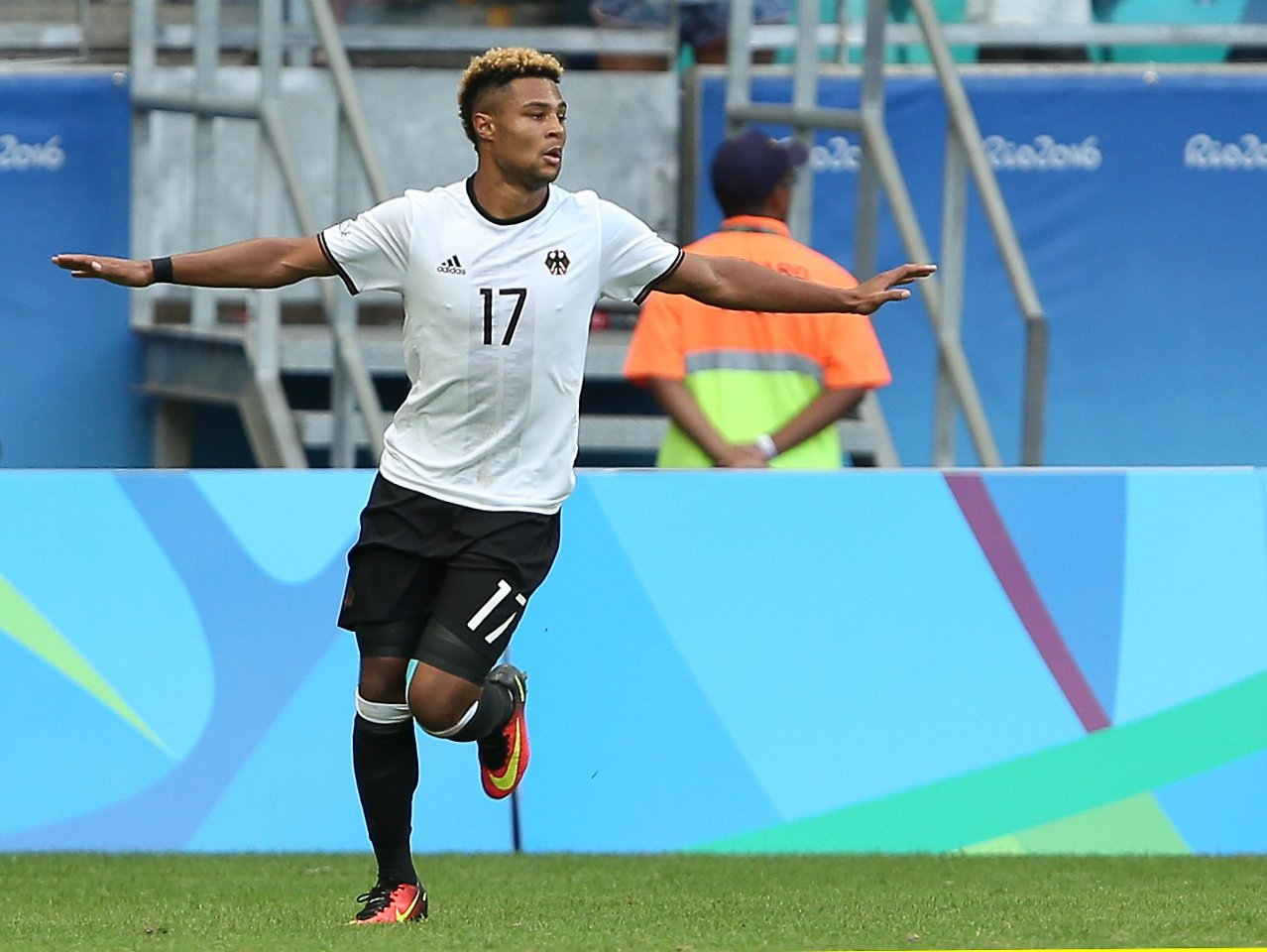 Gnabry zieht Ausstiegsklausel und verlässt Werder