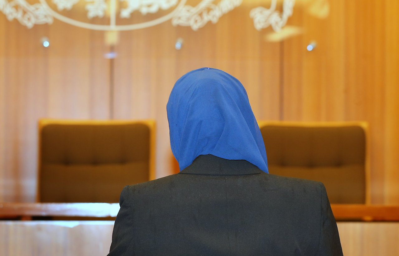Urteil zu Kopftuch im hessischen Gericht
