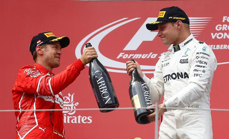 Der viermalige Weltmeister aus Deutschland musste sich in Spielberg Mercedes-Fahrer Valtteri Bottas in einem packenden Endspurt hauchdünn geschlagen geben.