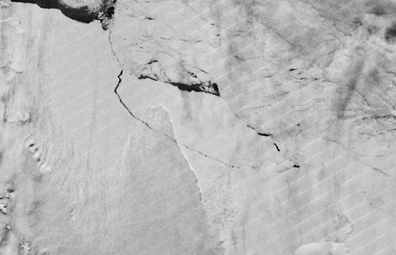 Der riesige Eisberg, der sich jetzt, im Juli 2017, vom antarktischen Larsen-C-Schelfeis gelöst hat, ist ein ...