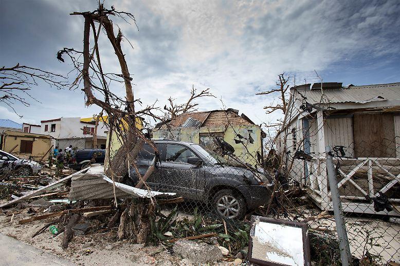 """Nachdem """"Irma"""" die Karbik verwüstet hat ..."""