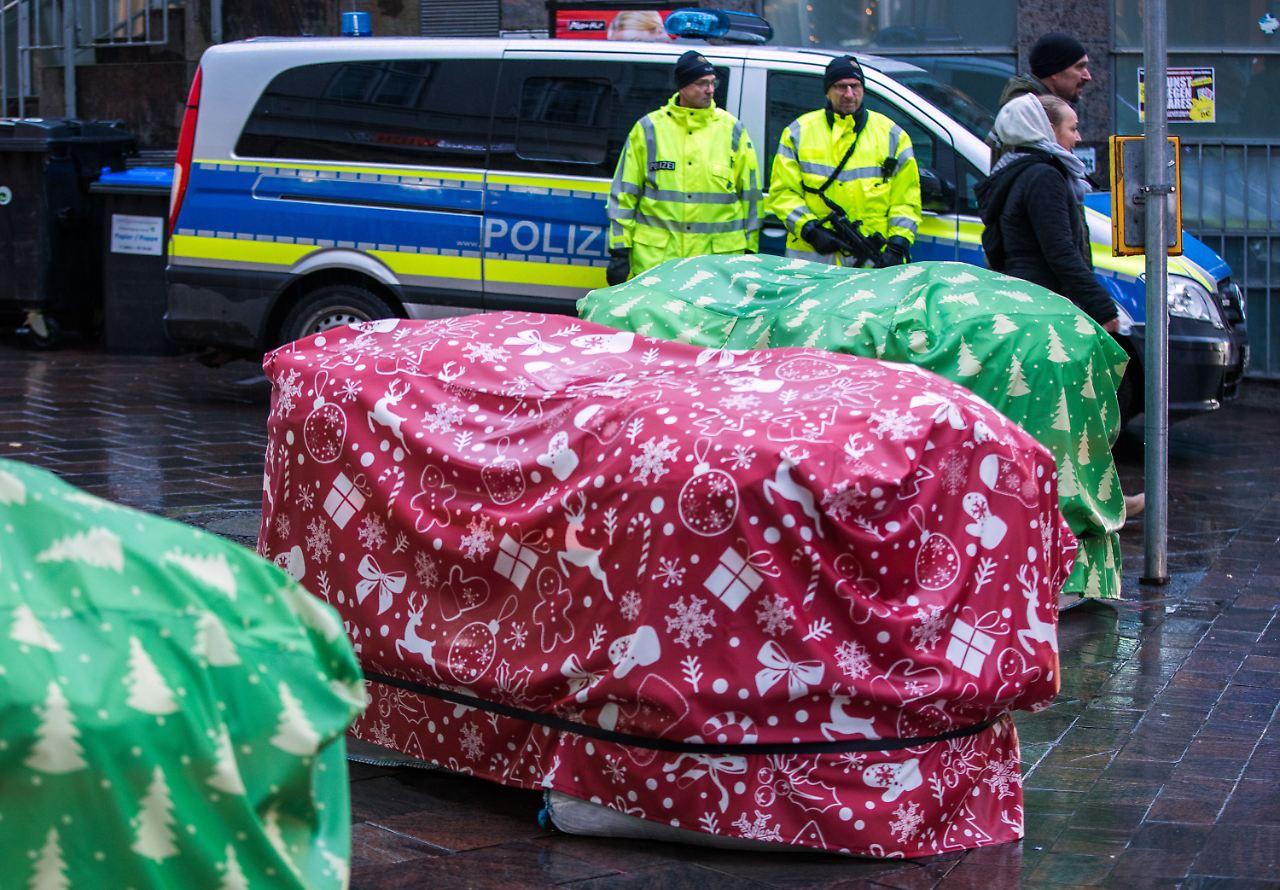 gutachten gibt antwort wer zahlt sicherheit auf weihnachtsmarkt n. Black Bedroom Furniture Sets. Home Design Ideas