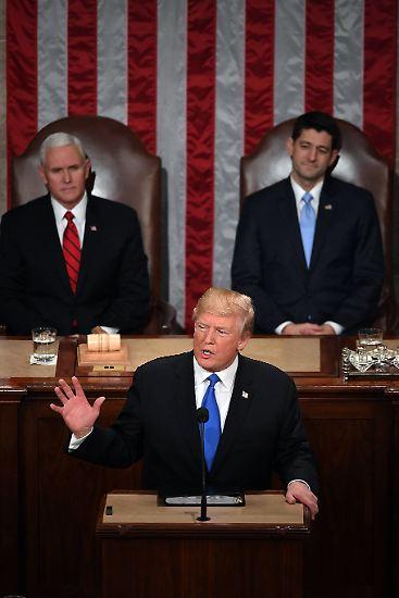 US-Präsident Donald Trump hat in seiner Rede zur Lage der Nation verkündet, dass die Guantanamo Bay Naval Base weiterhin als Gefangenenlager genutzt werden soll.
