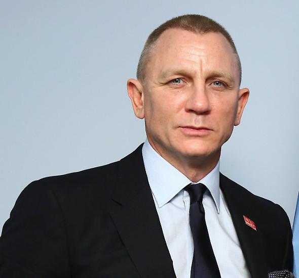 Kurz vor seinem 50. Geburtstag erlebte Daniel Craig, was es heißt, zu altern. Nach seinem Kurzauftritt bei den britischen Filmpreisen, den Baftas, am 18. Februar in London ätzten Medien und Fans im Internet über sein Aussehen.