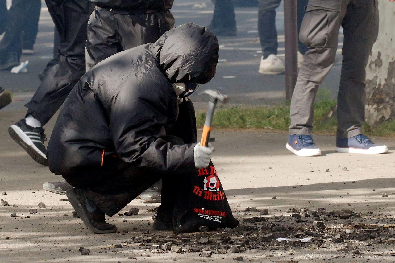 Keine Krawalle bei Mai-Demos in Hamburg und Berlin