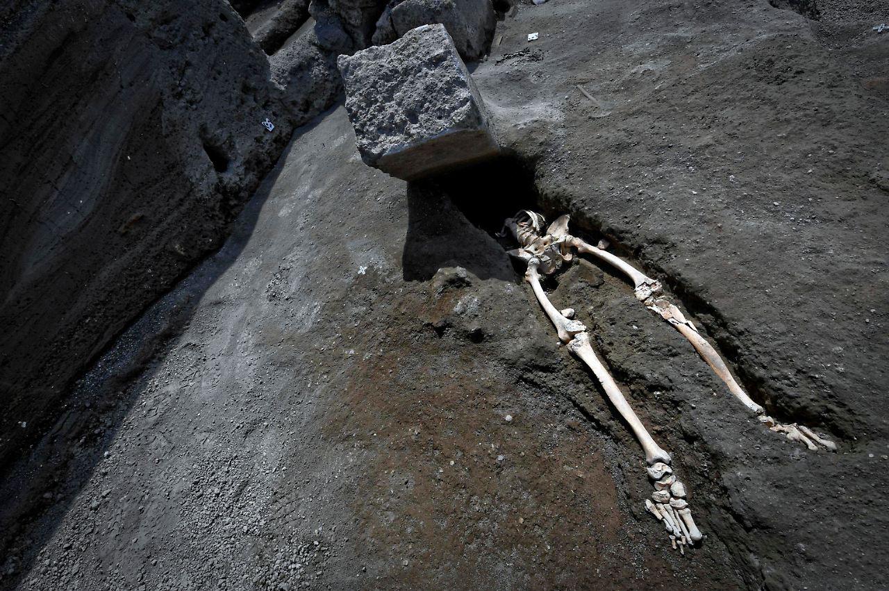 Fundsache, Nr. 1375: Fast 2000 Jahre altes Skelett in Pompeji - n-tv.de