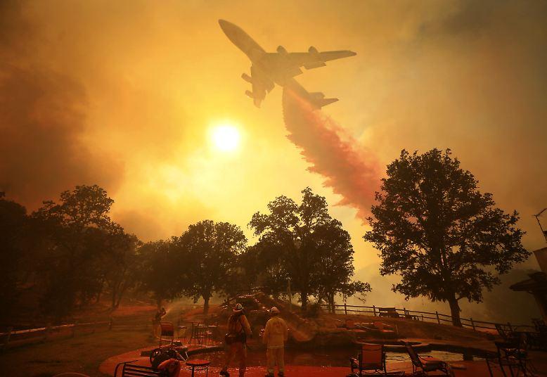Während in diesem Sommer Kalifornien wieder mit verheerenden Waldbränden kämpfen muss, ...