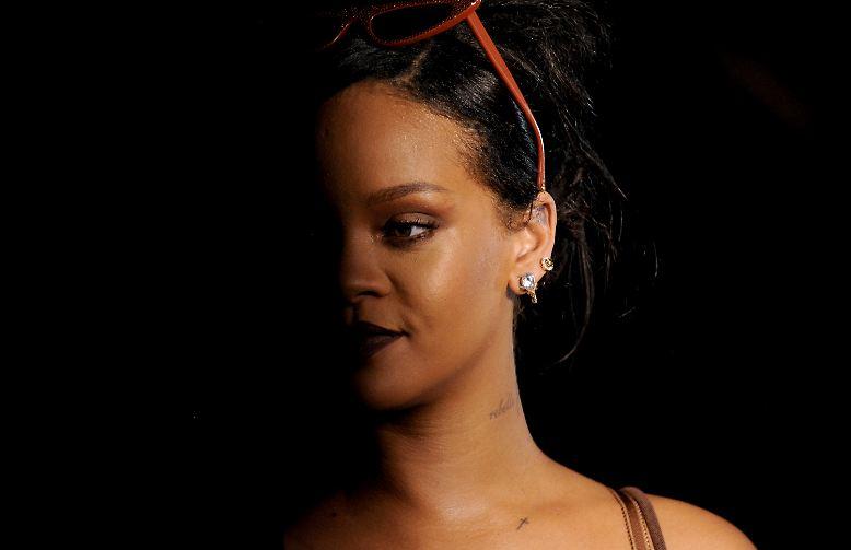 Klar, wir kennen Rihanna als Popstar, Lieferantin von Hits am Fließband und erstklassige Performerin. Doch die Sängerin aus Barbados ...