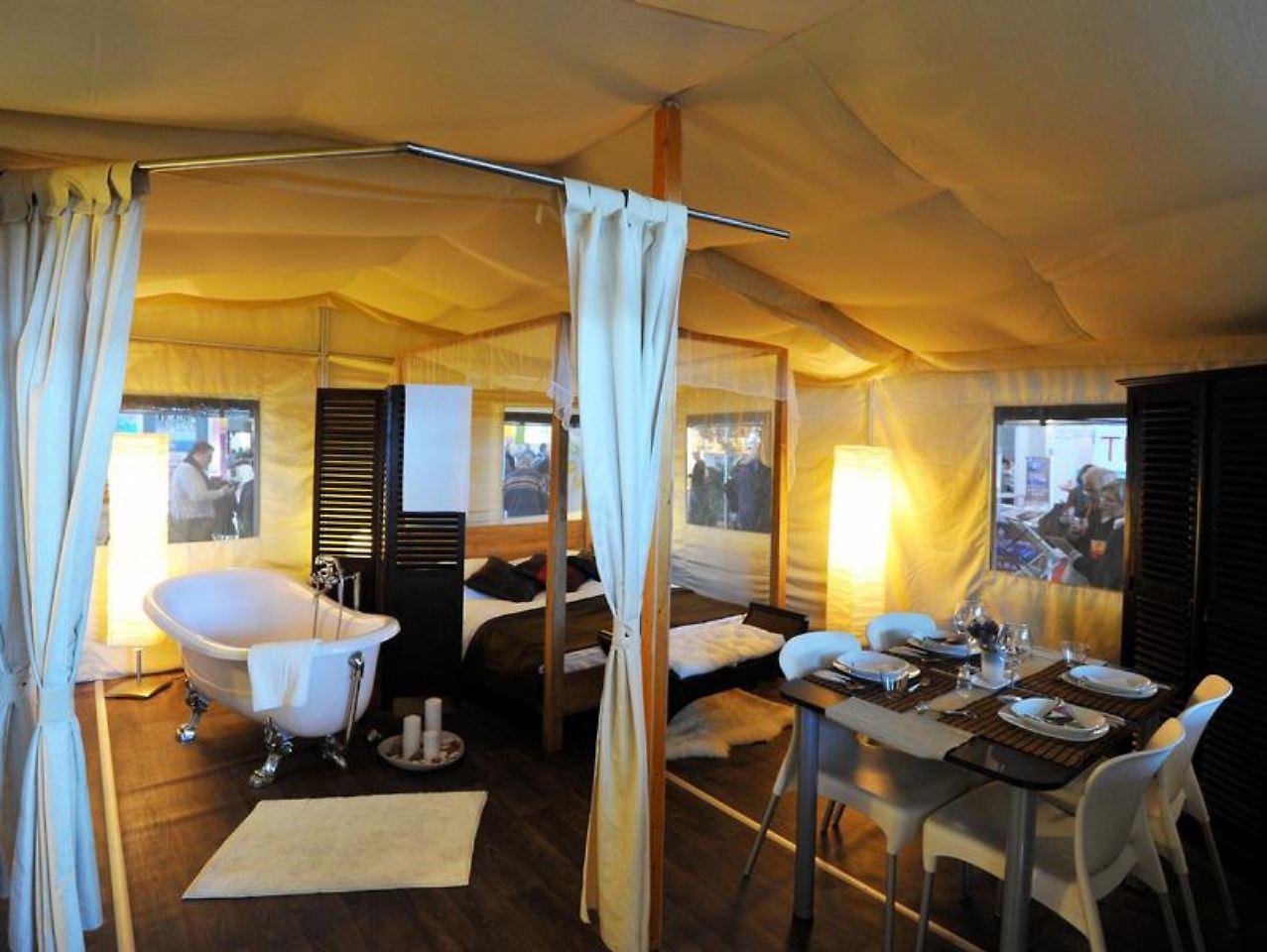 glamping statt camping urlauber wollen mehr luxus n. Black Bedroom Furniture Sets. Home Design Ideas