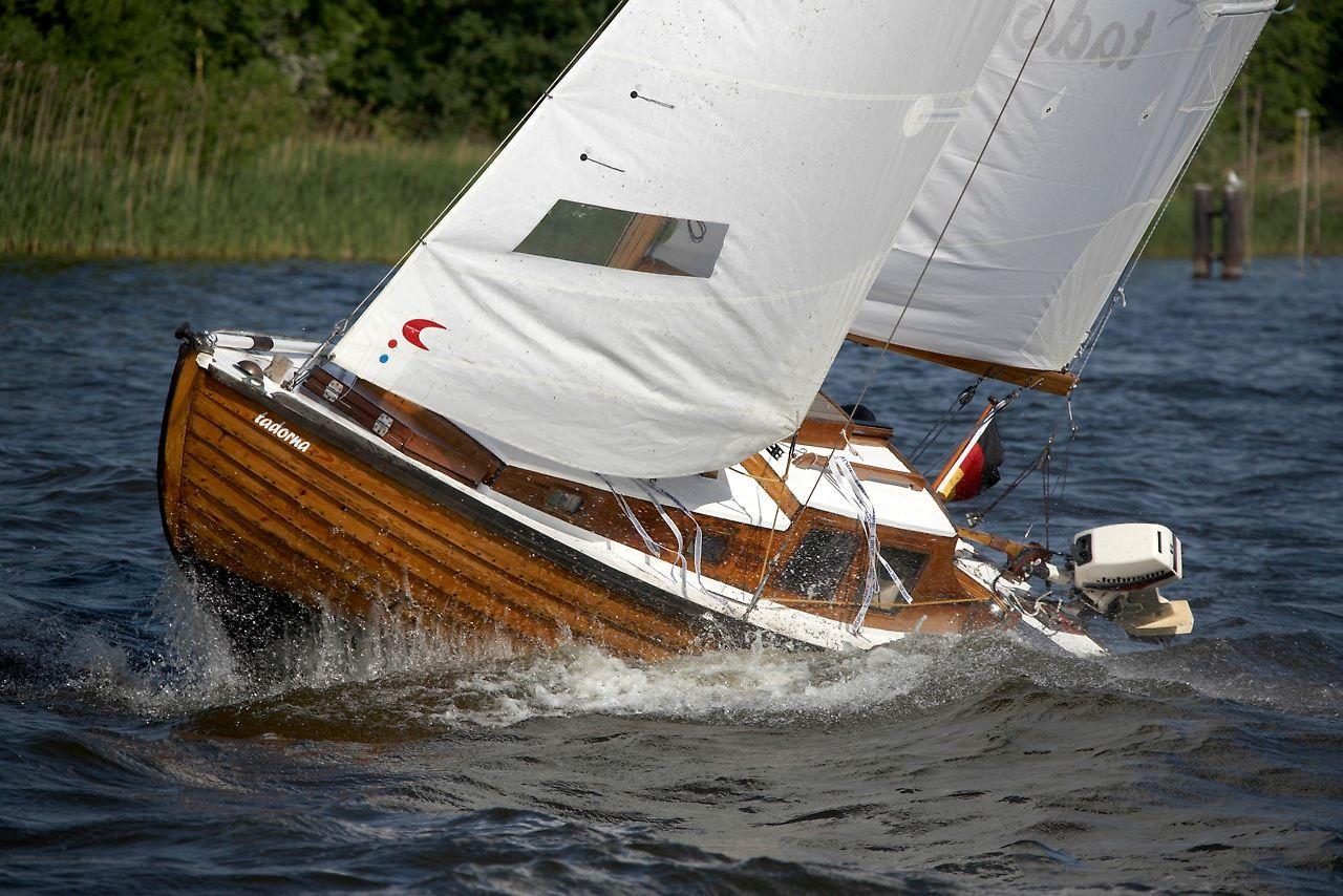 Handbreit Wasser Unterm Kiel