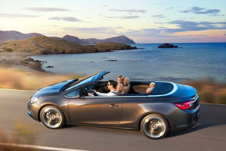 Opel feiert seinen 150. Geburtstag und ist dennoch weit entfernt von ungetrübter Champagnerlaune. Das Lächeln des Siegers zurückbringen soll aber ein ganzer Reigen neuer Modelle, nicht zuletzt das Cabriolet Cascada. Denn wie kaum eine andere Fahrzeugart vermitteln Faltdachkünstler Faszination und Lebensfreude, vor allem, wenn sie erschwinglich sind.