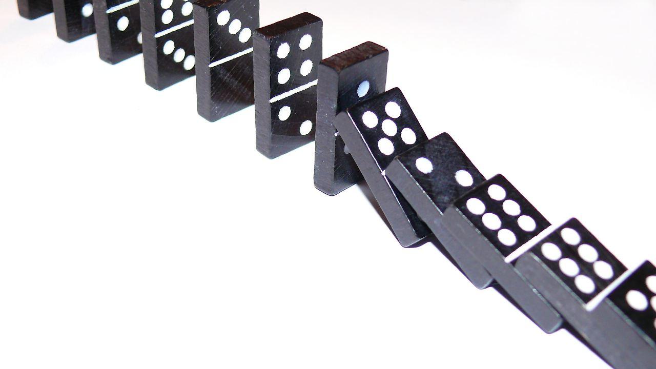 Dominosteine Spiel