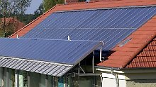 Nicht jedes Dach eignet sich für Kollektoren, entscheidend ist die Sonneneinstrahlung.
