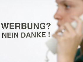 Telefonwerbung ist seit 2009 untersagt, wenn der Angerufene nicht vorher seine Zustimmung gegeben hat.
