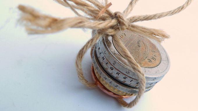 Sachwerte oder Aktien?: Geld anlegen in Zeiten der Krise
