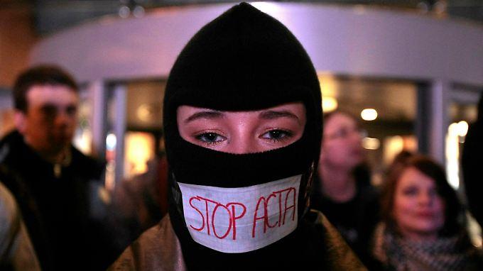Dass viele Menschen ACTA mit Zensur gleichsetzen, ist angesichts der intransparenten Entstehung des Abkommens verständlich.