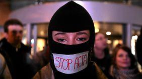 Seit Monaten laufen weltweit Kritiker gegen ACTA Sturm.